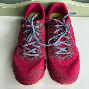 Nike zoom kiger running shoes sneakers women 9.5